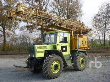 Mercedes-Benz TRAC 900 Self-Propelled 4X4 High Clearance - sprayer