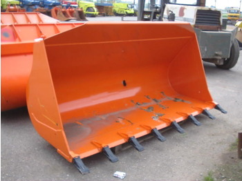 W130 (FIAT-HITACHI) - bucket for loader