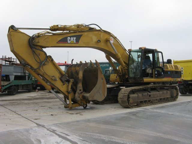 Top Five Caterpillar Excavator 330 - Circus