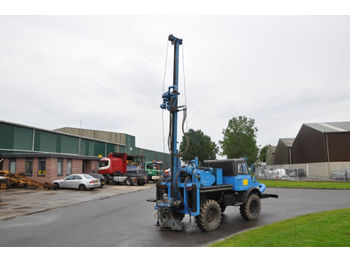 UNIMOG 406 DRILLING RIG - drilling machine