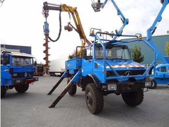 Unimog 1700L  - drilling machine