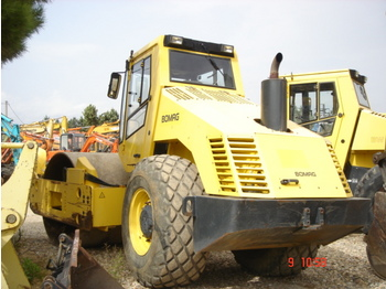 BOMAG BW 214 DH 3 - roller