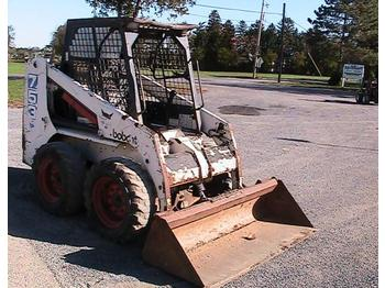 BOBCAT 753C - skid steer loader