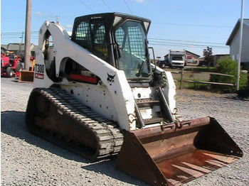 BOBCAT T300 - skid steer loader