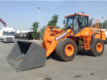 Wheel loader Doosan 18.6 T DL 300