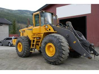 Volvo 220D - wheel loader
