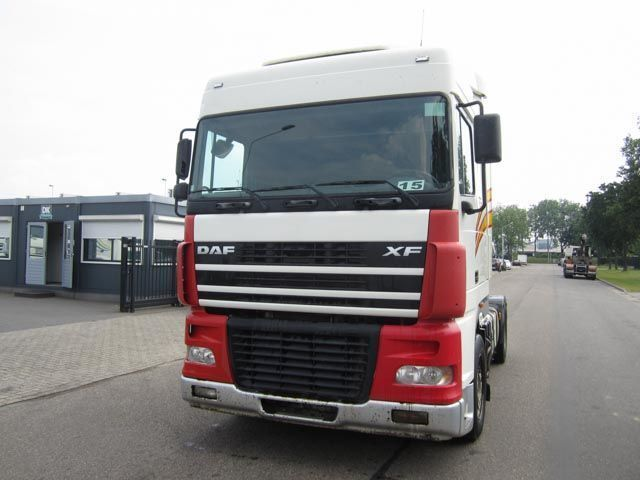 Tractor truck DAF 95 XF 430 (MANUAL GEARBOX) — 3320073