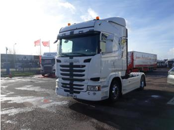 SCANIA R450 - tractor truck