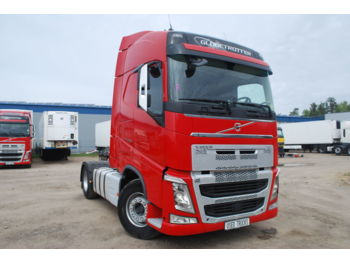 VOLVO FH13 460 - tractor truck
